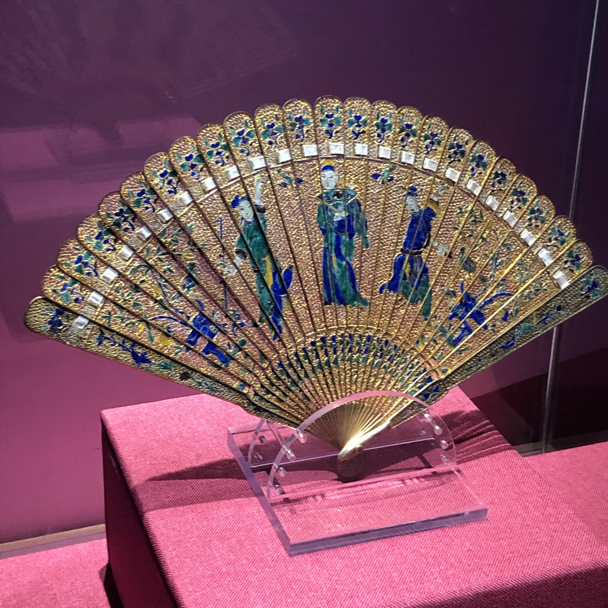 广东省博物馆风·尚展,精致华美的19世纪中国外销扇