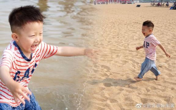 3岁萌娃第一次到海边,玩沙玩水开心到爆炸,太可爱了!不瞒大家说