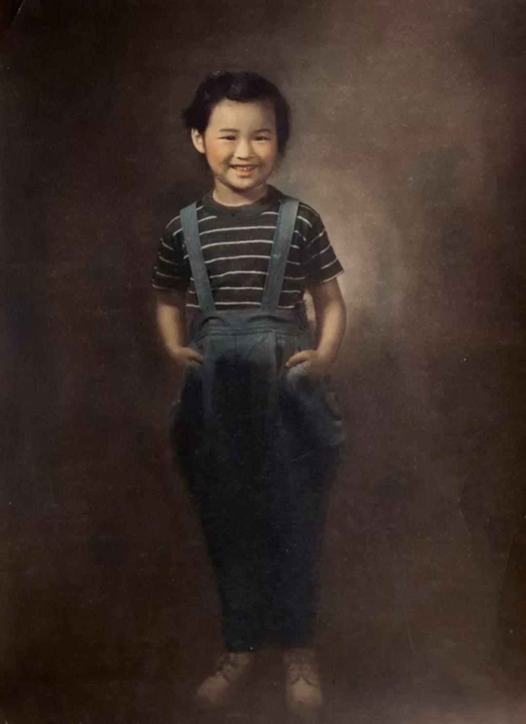 照片归还给上海人民了,当年的气质呢?