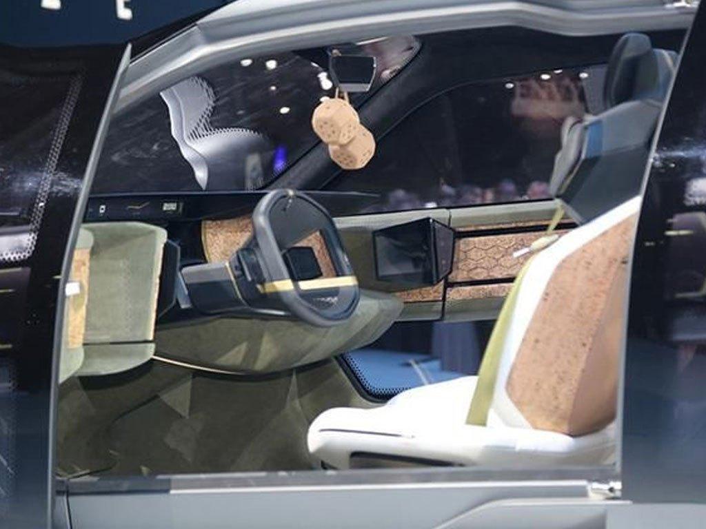 第一排三个座椅的车你见过吗?传祺全新SUV亮相北美车展