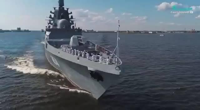 环球航行并参加中国阅舰的俄国戈尔什科夫号护卫舰到家了 @浩汉防务-