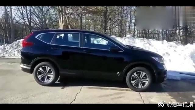 视频:2019款本田CRV-LX版,简约大气的外观和内饰,车迷很喜欢的SUV