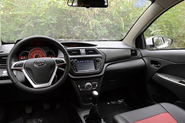 混得最惨的国产SUV5月销量仅1台,毛病多技术老,想买的需谨慎