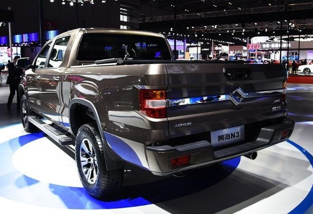 """国产""""悍马""""订单超万辆,5.6米配托森更有全时四驱,质量可靠?"""