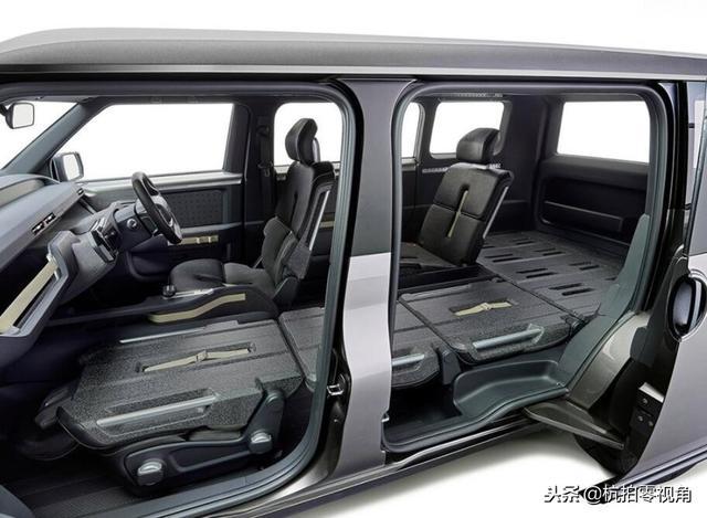 丰田tj cruiser内部空间为6座结构设计,其中4个座椅为独立式纯平设计