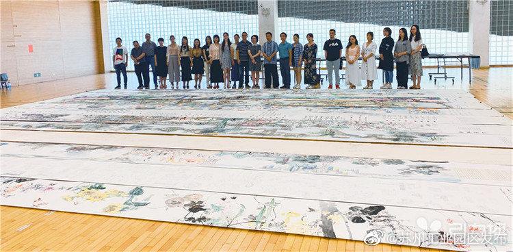 """苏州中小学生绘制120米水墨长卷 即将抵京汇成""""千米长卷""""参展"""