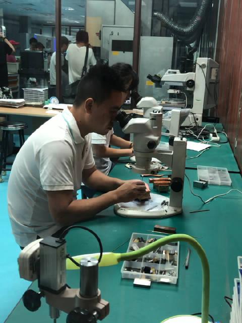 湖北固佶达模具有限公司是一家专业从事生产手机、电脑光学镜头模具的
