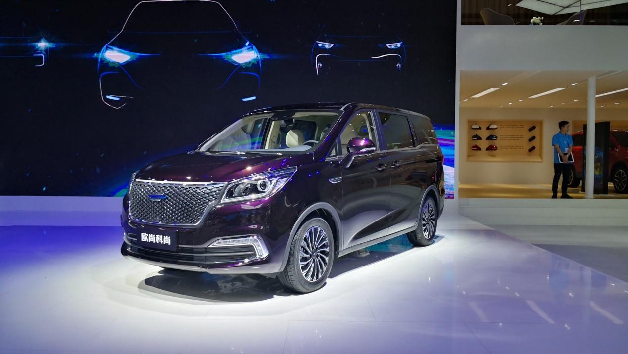 长安欧尚重庆车展双车齐发 性价比秒合资车这是要上天?