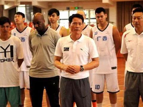 昔日山东男篮主帅凯撒助手已赴广西,接任邱大宗,出任威壮主教练