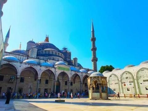 为什么说土耳其是个浪漫的国度?去土耳其旅游做这些事情很浪漫