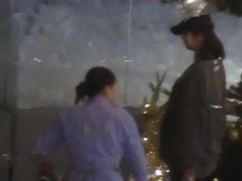 张子萱逛商场被拍疑似二胎 肚子圆鼓鼓安安有弟弟妹妹了祝贺