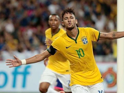 盘点巴西历史上的顶级前锋, 内马尔勉强上榜, 一尊神力压贝利夺魁