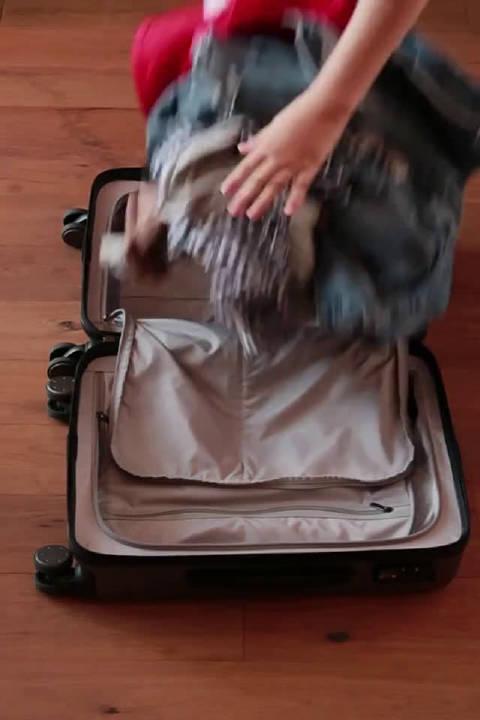 马上要开学了,怎样才能往行李箱里塞更多的衣服呢?快学起来吧!