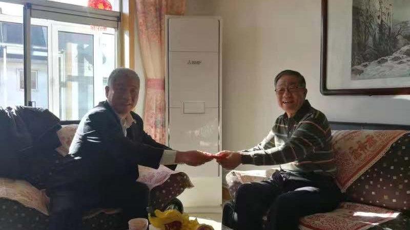 王瀚检察长带队慰问退休老领导