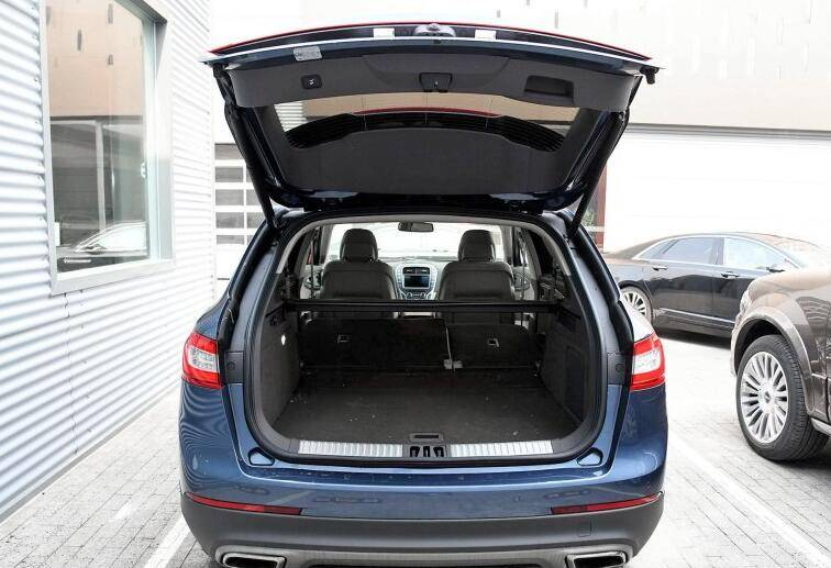 转向和天窗都有着严重异响的SUV卖61万,为何仍有不低热度