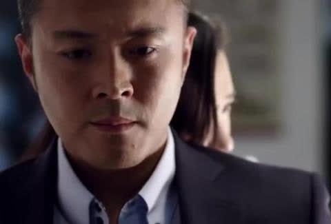 高富帅老公于小伟被最好的闺密抱着,漂亮老婆刘涛撞个正着!