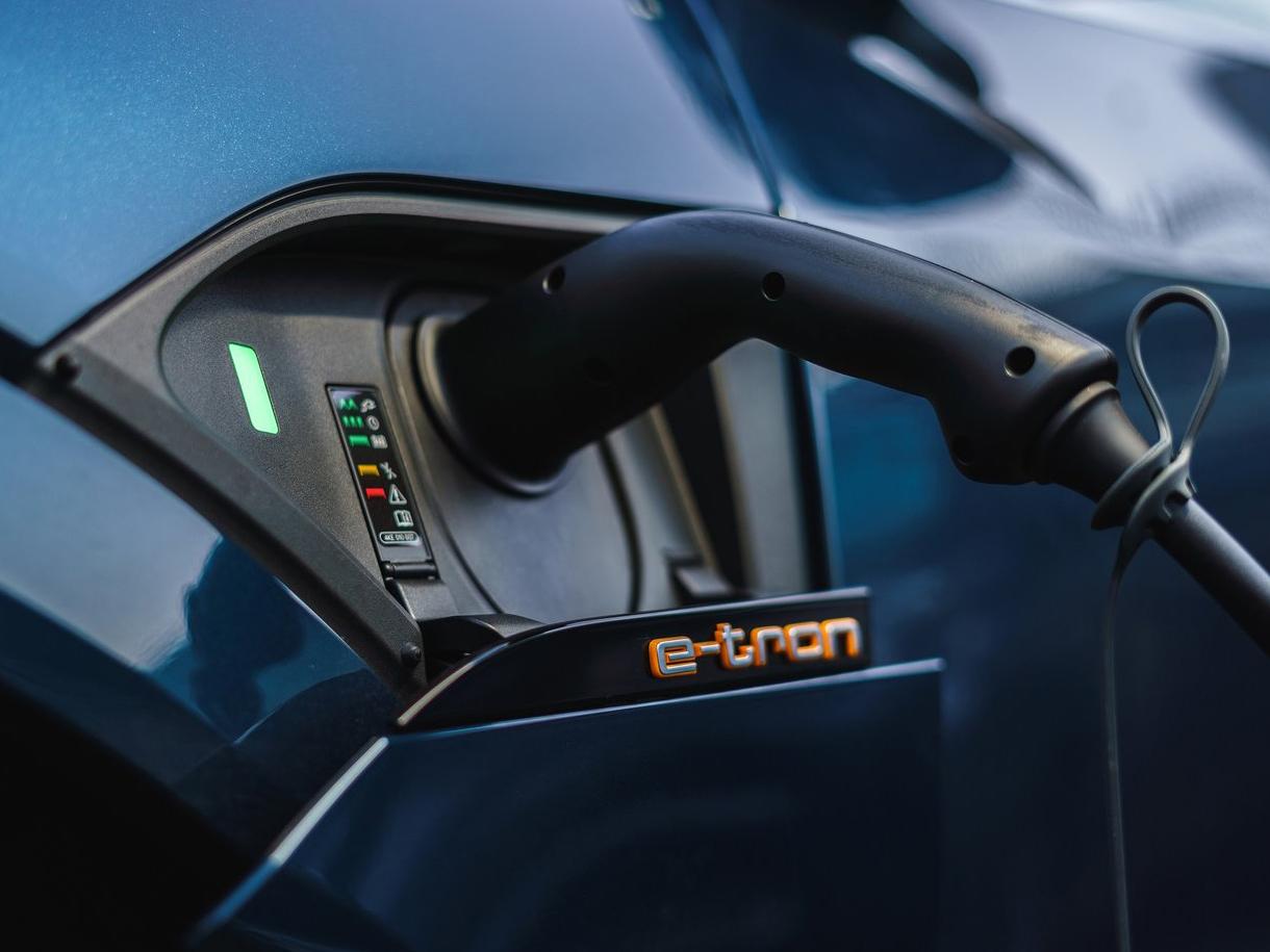 好消息!上汽奥迪首款车型Q4 e-tron于上海安亭工厂投产即成定局