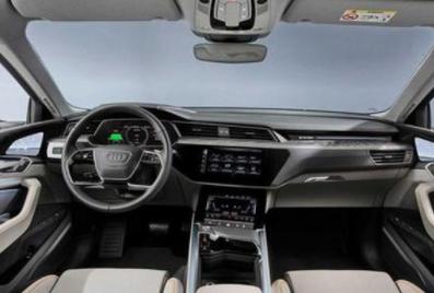奥迪e-tron新增入门版 续航可达300km