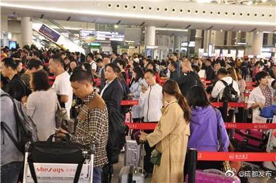定期直飞温哥华航线开通!成都国际(地区)航线增至122条