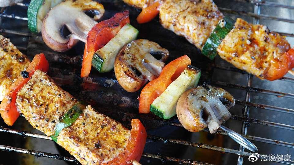 大肠癌的元凶找到了!若想保持长寿,3种肉最好避免常出现餐桌