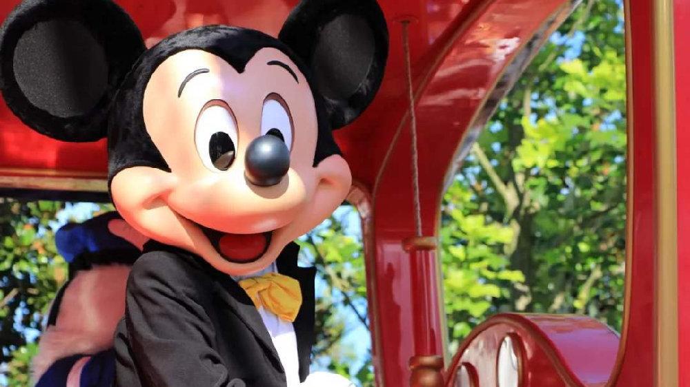 """上海迪士尼""""吃相难看""""?企业不应忽视消费者权益"""