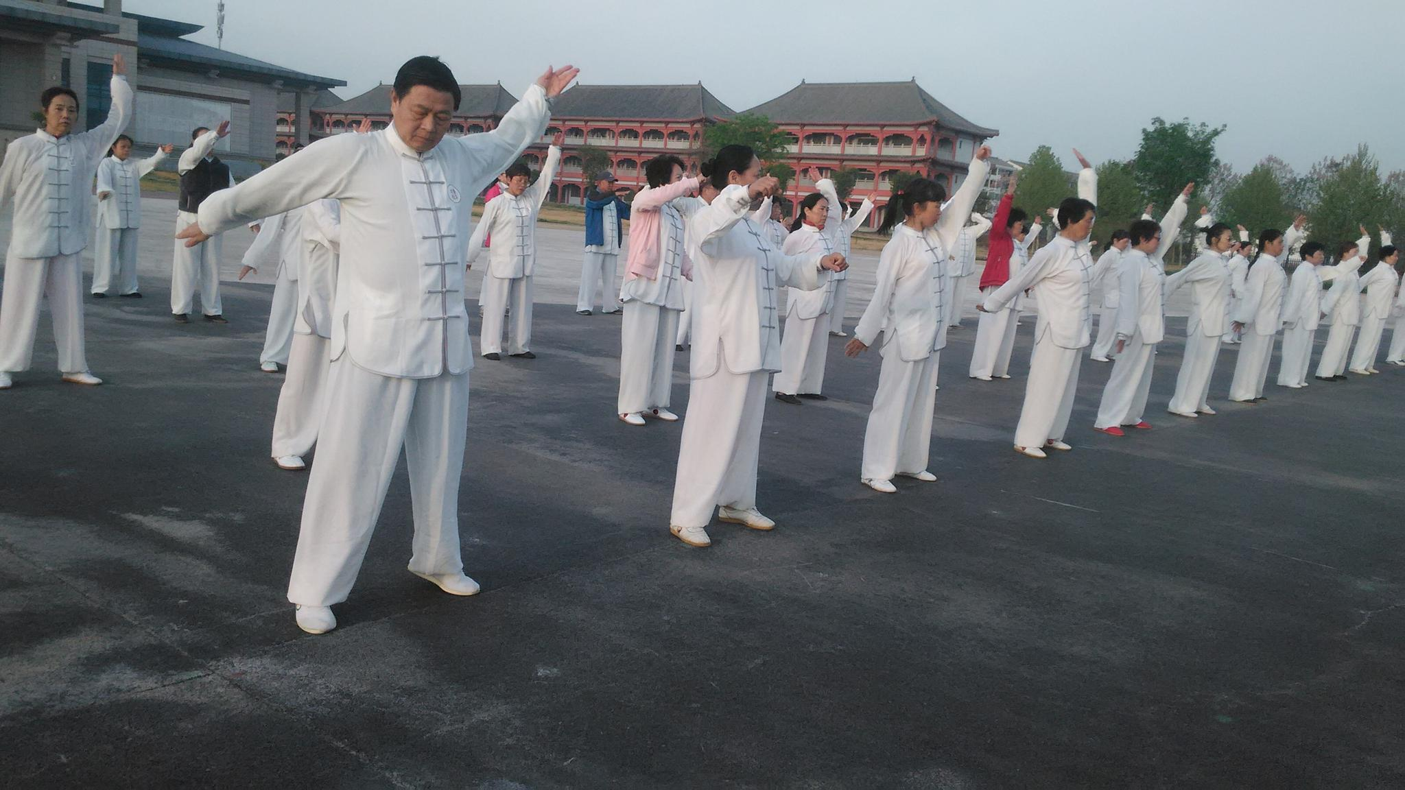 传统太极拳的训练阶段与方法
