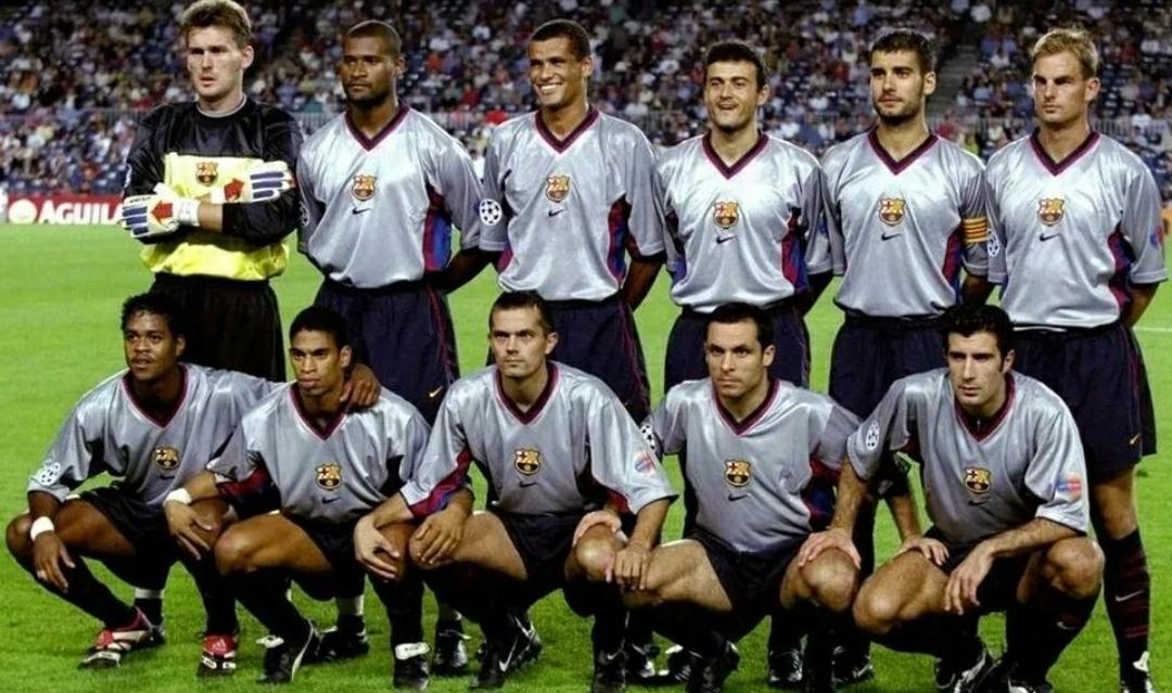 1999年的巴萨首发阵容:海斯普,博加德,里瓦尔多,恩里克