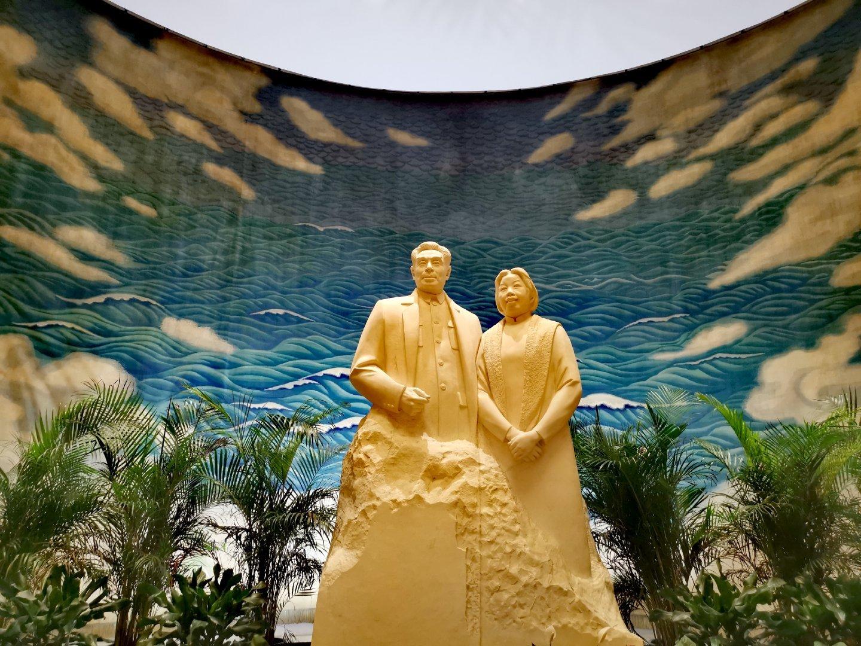 """参观天津""""周恩来邓颖超研究中心""""纪念馆。说实话"""
