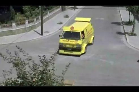 每个人小时候内心深处都藏着一辆可以漂移又能吃的快餐车!