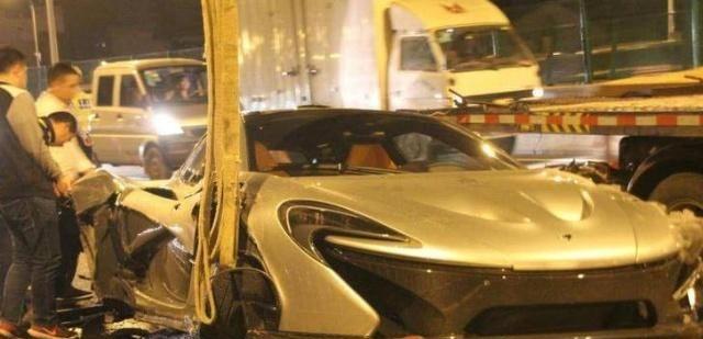 国内发生的五起天价车祸,1000万打底,保险公司看了都肝疼!