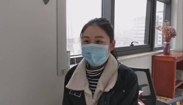 摔断鼻骨的护士接受矫正手术