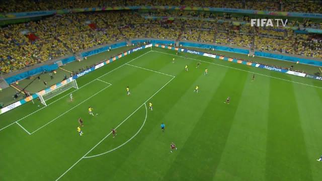2014年巴西世界杯上,克洛泽攻入了他在舞台上的最后一球