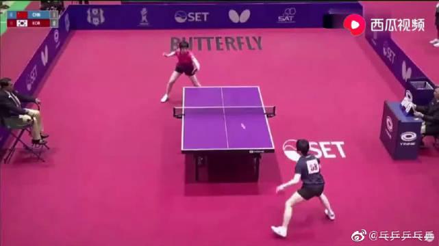 攻击速度太快!乒乓球比赛中国VS韩国,小将蒯曼成全场焦点