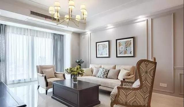 新家只刷大白墙,装上石膏线美观大方,老婆不吊顶的选择太对了