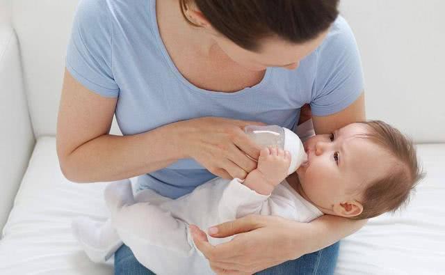 揭秘挑选奶粉的隐藏技巧,必考虑的3大标准,让妈妈少走弯路