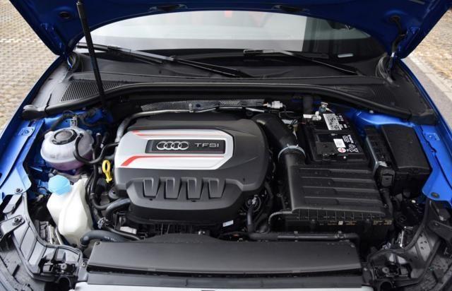 不仅仅是动力加强,奥迪S3从外观内饰都同步升级,贵得有价值