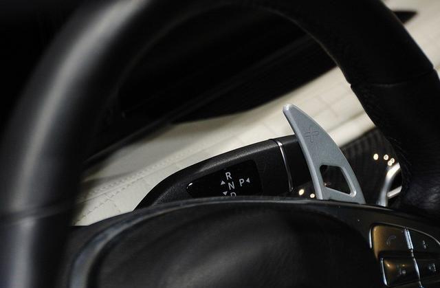 巴博斯S级凸显精英气质,增加许多流行元素,平顺的驾驶感受