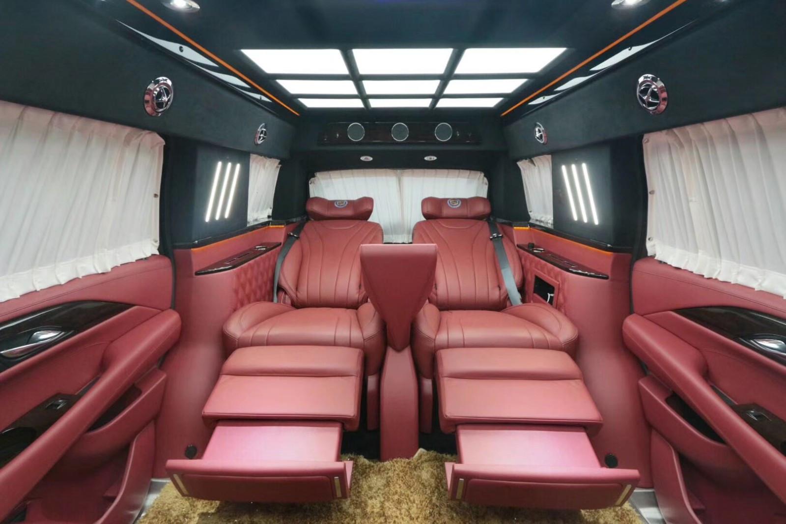 凯迪拉克总统一号加长加高的超级越野车