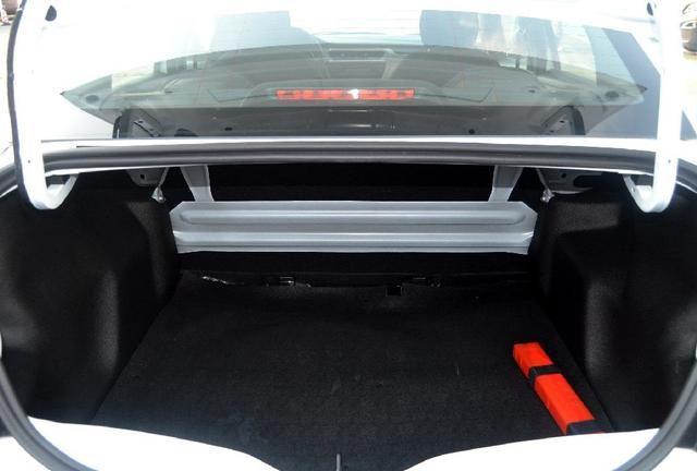 标致301外观风格新颖,富有质感的设计,给你舒适的驾乘体验