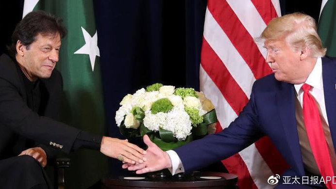 特朗普这么一问,巴基斯坦总理伊姆兰·汗闹了个大红脸...