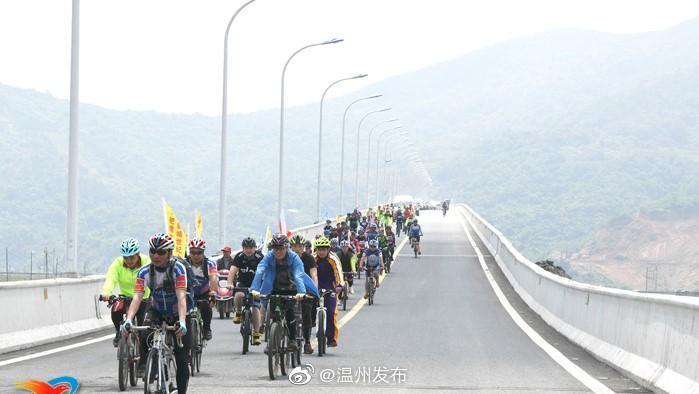 苍南龙港新城大道图纸-艚世纪试打开通车cad没时大桥v新城图片
