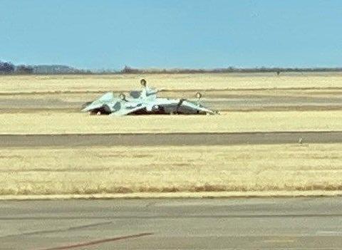 打算超越印度空军?1架米格29K刚掉下来,美军就一次摔2架教练机