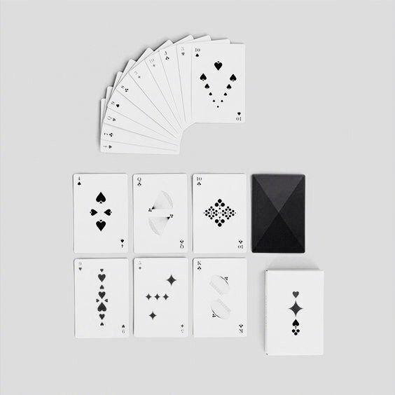 扑克的设计~