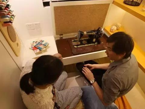 上海大龄剩女与父母挤一床睡,晒衣像蹦极,25㎡被他改出观景豪宅