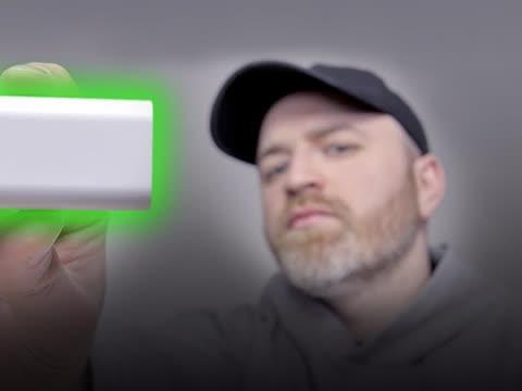 全球最小 60 瓦充电器! Innergie 适配器开箱