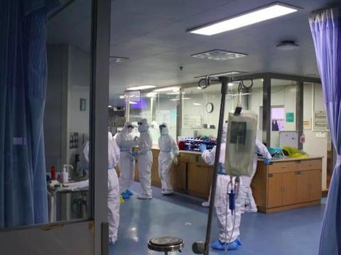 """海外华人病毒学家紧急建议:""""分层管理,集中分筛可疑人群"""""""