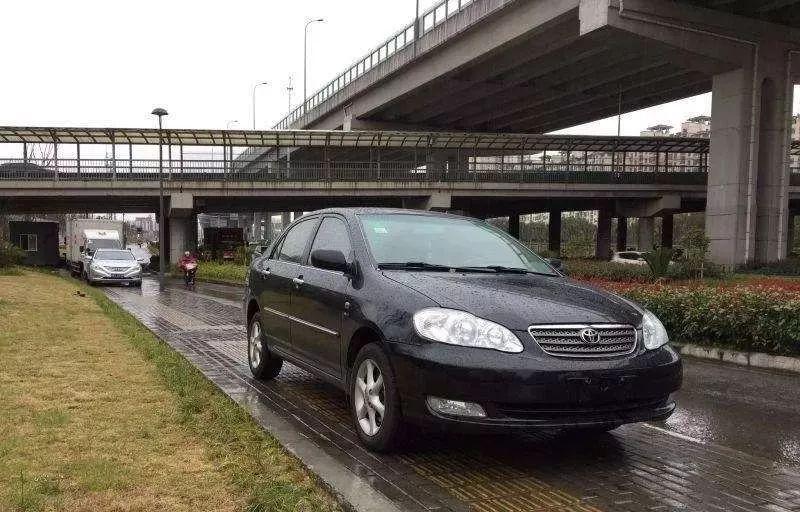 令人哭笑不得的汽车召回,丰田召回15年前花冠,车主:车都报废了