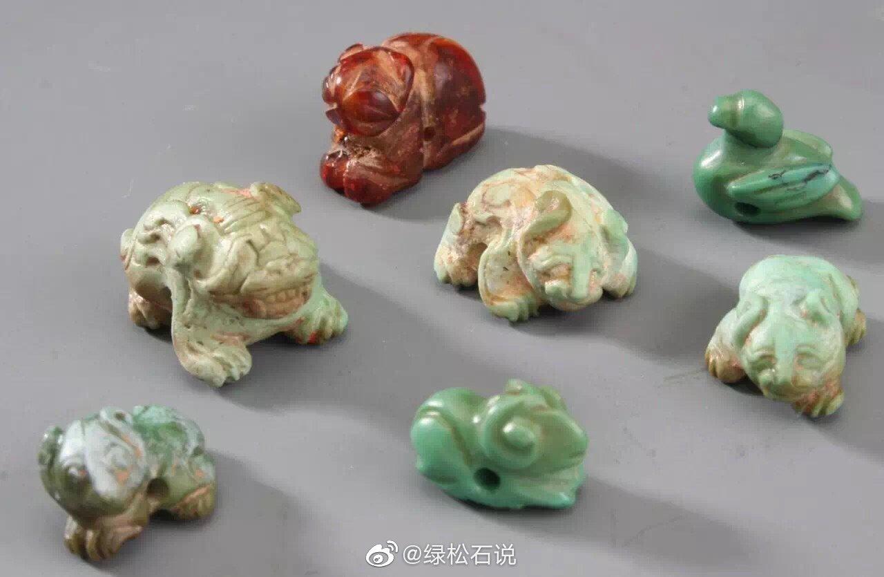 古代的微雕艺术 · 绿松石小动物红山文化遗址出土有玉和绿松石雕刻