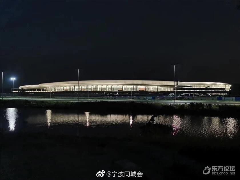 宁波机场✈️新航站先睹为快,又是咸炝蟹造型!和地铁相连