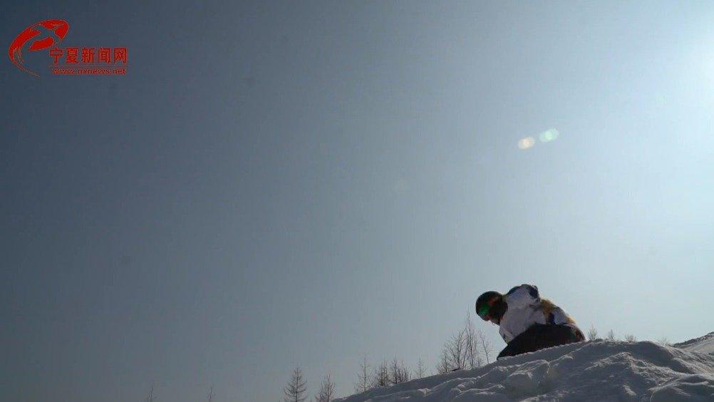 享受冰雪运动,体验速度与激情!这个春节泾源喊你去滑雪